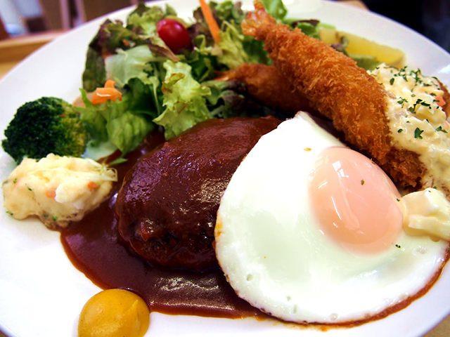 煮込みハンバーグ&エビフライ定食